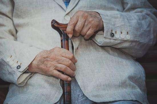 85后最担心父母养老 90后最担心自己未来养老