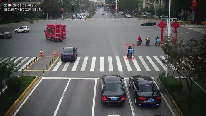 全国ag平台环亚登录!西安交警上线抓拍利器    专治送外卖交通违法