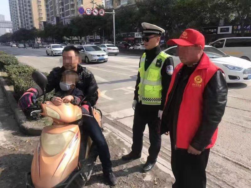 """铜川交警三大队多措并举助推""""创文""""工作"""