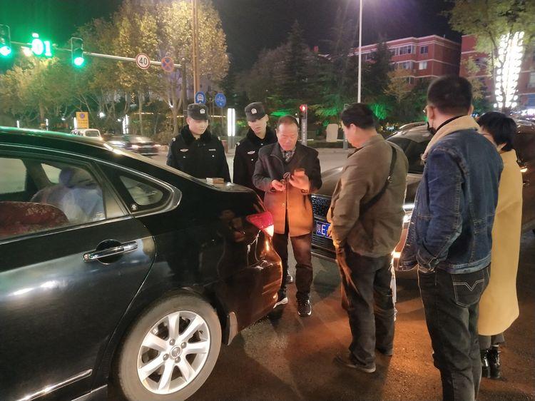 韩城巡警快速处置交通事故保畅通