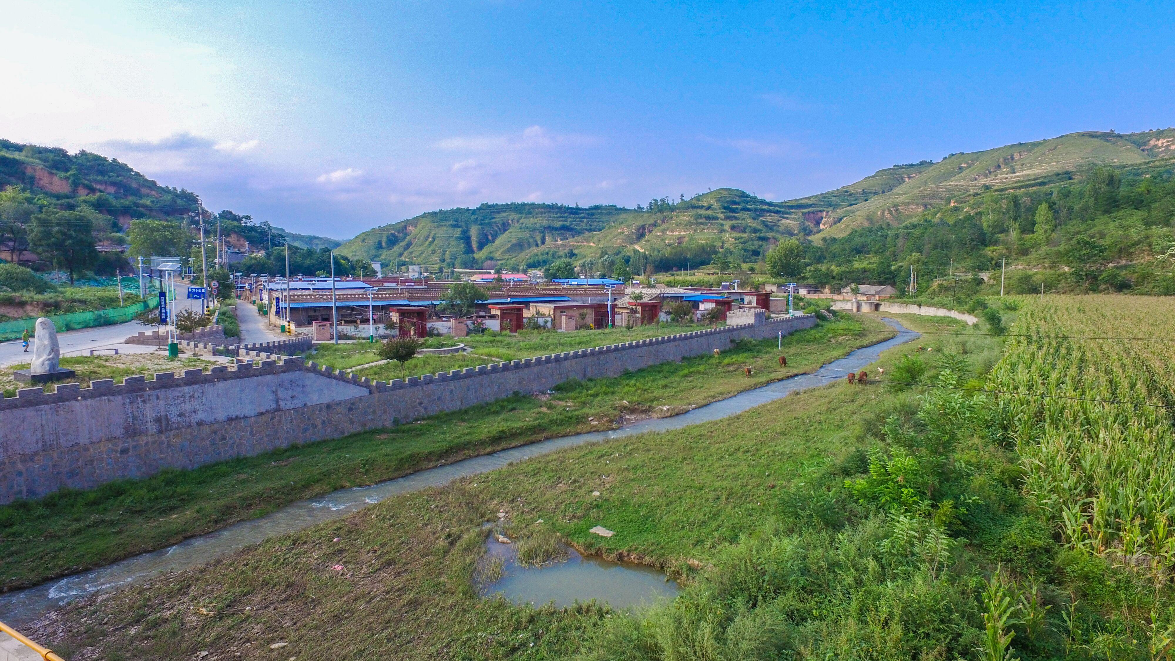 """2500名保洁员让铜川359个行政村垃圾""""无处藏身"""""""