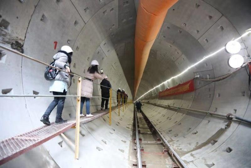 西安地鐵5號線在南稍門成功下穿2號線  兩線隧道間最小距離僅2.52米