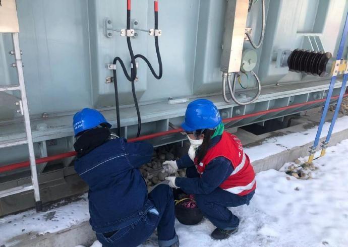 国网陕西电力战风雪保供电 保障