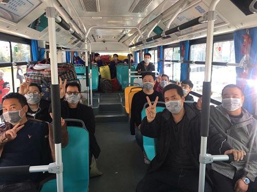 """西安公交已开通6条""""复工定制专线?#20445;?#20004;元一票制 需要""""定制""""可电话预约"""