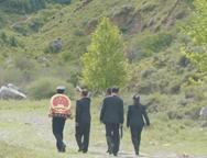 禁毒公益宣传片:《我与国徽同行》