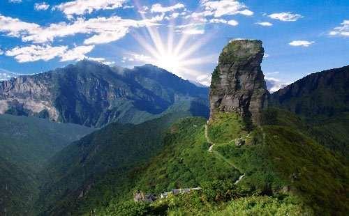 贵州上半年接待入黔游客4574万人次