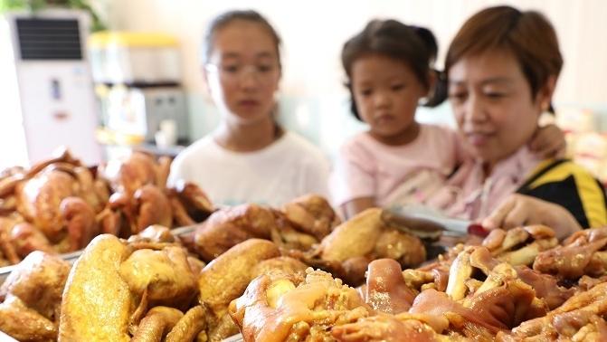 【网络中国节】立秋吃啥?跟着这份攻略去尝一尝