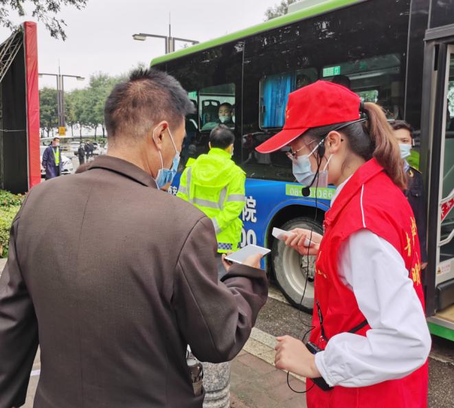 臨潼區旅游接待漸入高峰 免費雙向擺渡車啟動