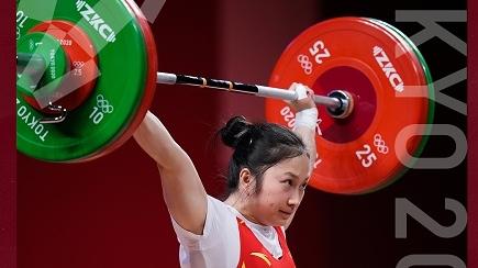 廖秋云夺得举重女子55公斤级银牌