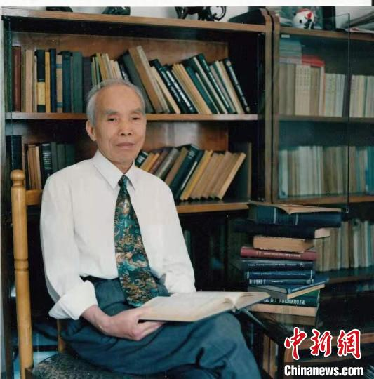 中国工程院院士,我国电磁场理论与天线技术专家,天线理论和制导雷达天线设计的主要开拓者陈敬熊。 主办方供图